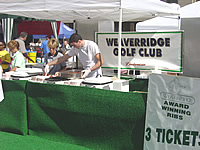 Weaver Ridge handled the crowds beautifully by serving their award-winning BBQ ribs like clockwork.